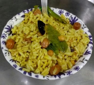Pulihora / Puliyogare / Tamarind Rice